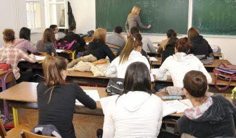 Директори и секретари вишкови због спајања школа?