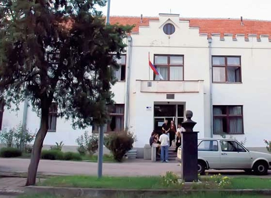 Dom-ucenika-srednjih-skola-u-Nisu-smena-direktorke