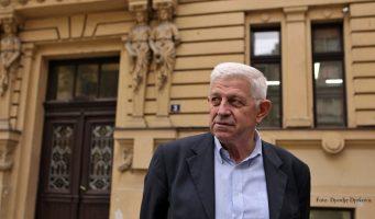 """Реформа гимназија – """"врућ кромпир"""" за све министре"""