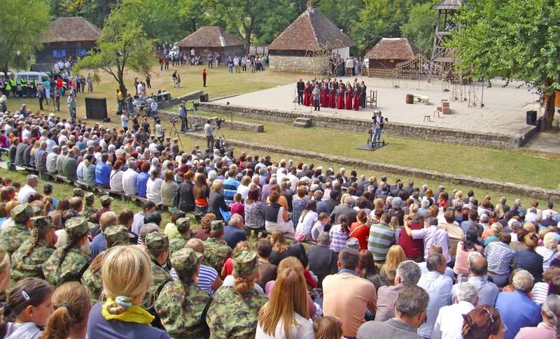 Шарчевић: Учинићемо све да сачувамо српски језик