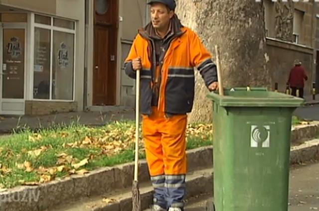 Чистећи улице завршио факултет