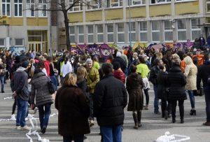 11 daci-skola-veliki-odmor-raspust-ucenici-strajk-prosveta-foto-nebojsa-mandi-1458222864-866033