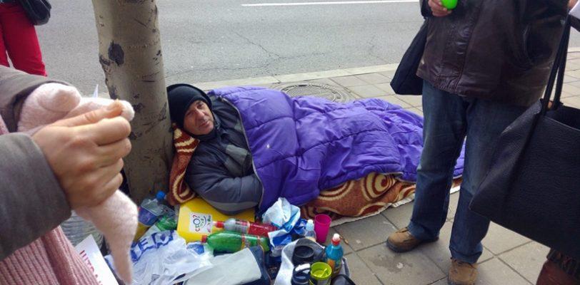Министар просвете обећао посао за штрајкаче глађу