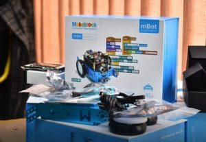 robot kutija