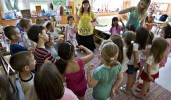 Васпитачи траже веће плате и боље услове за рад