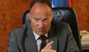 Министар просвете: Уџбеници ће бити јефтинији 15 одсто, кад избацимо посреднике