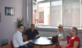 Састанак са министром Шарчевићем у XII београдској гимназији