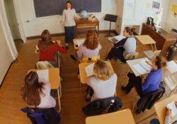 Српски наставници примају најмање плате у региону