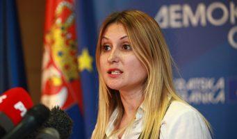 ЈЕРКОВ: Влада нема ни план ни знање да реши проблеме у школству