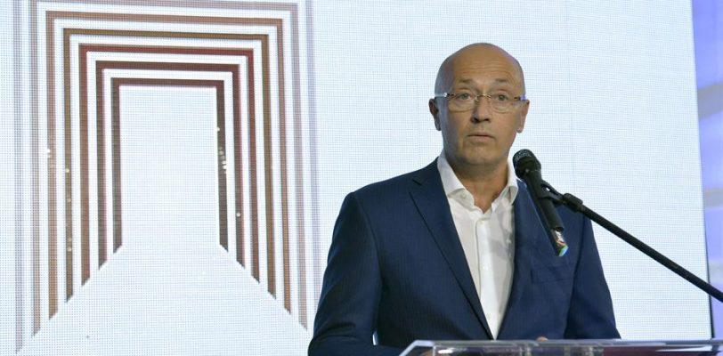Костић: Зауставити одлазак младих, остаћемо без кадрова